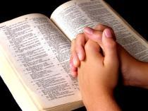 lendo-a-biblia1.jpgzzz